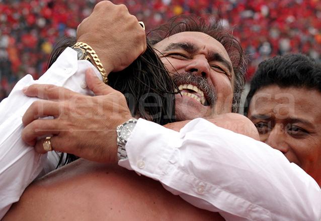 Julio César Antúnez celebró su primer título en Guatemala. (Foto: Hemeroteca PL)