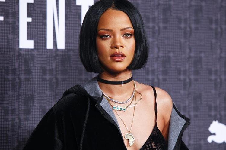 Rihanna emulará una de las escenas más recordadas de la película Psycho, de Alfred Hitchock. (Foto Prensa Libre: AP)