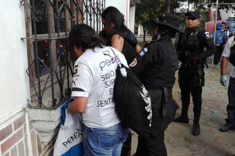 Coloniales aumentan el número de agentes para evitar problemas como el domingo anterior contra Comunicaciones. (Foto Hemeroteca PL).