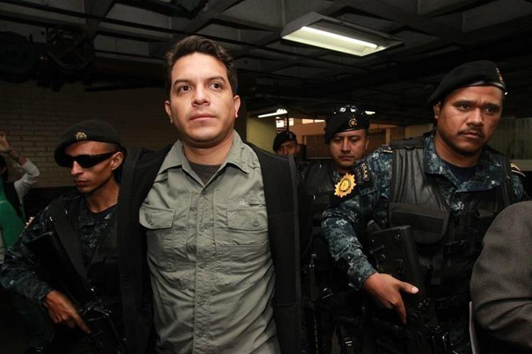 José Javier Donis Álvarez es capturado en operativos del MP y la Cicig. (Foto Prensa Libre: Estuardo Paredes)