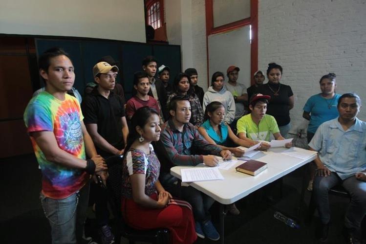 Jóvenes demandan más respetar los derechos de ese sector. (Foto Prensa Libre: Érick Ávila)