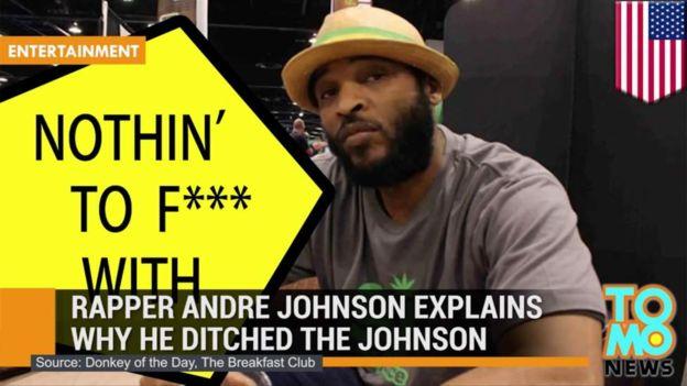 """Tras el incidente, un presentador de radio calificó a Johnson como el """"burro del día"""". (Anuncio del programa)"""