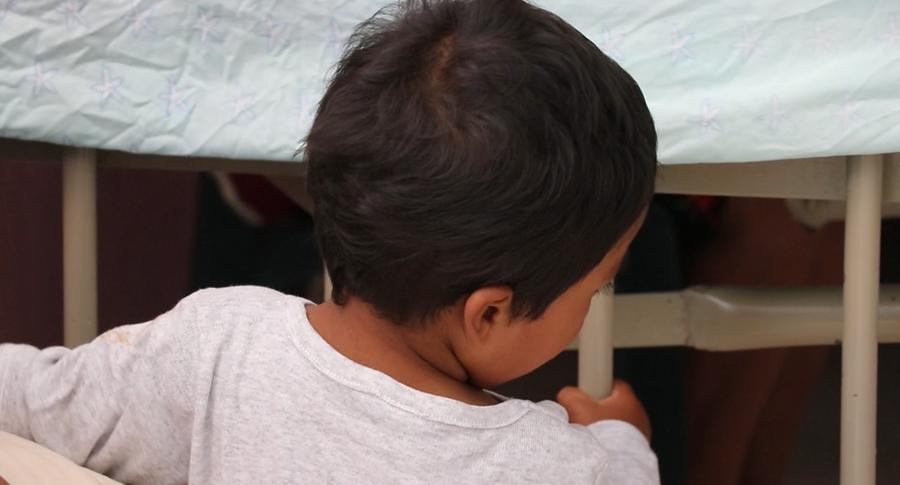 El menor de 2 años fue atado de pies y manos por los delincuentes. (Foto Prensa Libre: Hugo Oliva)