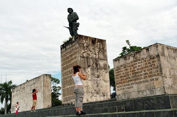 Mausoleo del Che Guevara en Santa Clara, Cuba. (Foto: EFE)