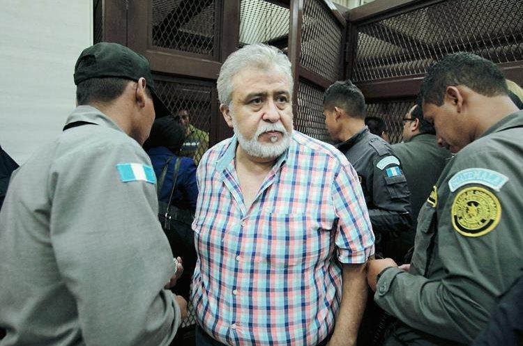 Personal de  la SAT, es procesado por defraudación aduanera( Foto Prensa Libre: Hemeroteca PL)