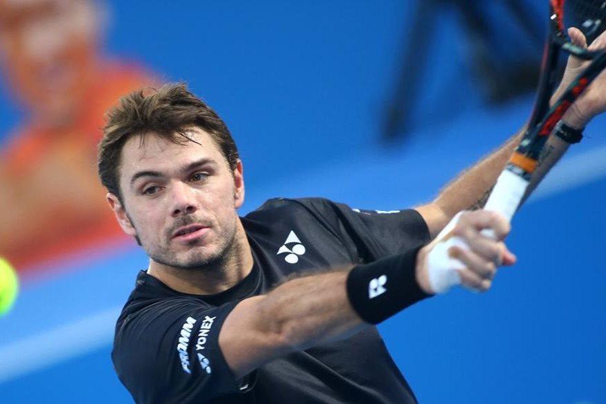 El suizo Stanislaw Wawrinka venció a Andrey Rublev y avanzó a cuartos de final en la India. (Foto Prensa Libre: AFP)