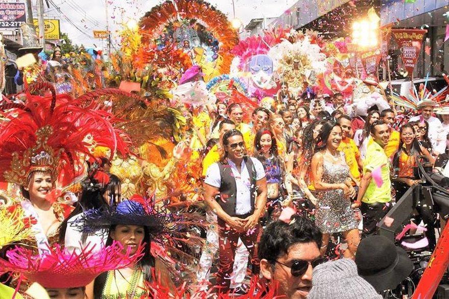Las coreografías y bailes son parte fundamental en la historia, y fueron creadas por Rakesh Sharma.  (Foto Prensa Libre: Pacific Investment Corp.)