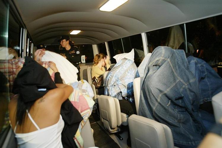 La PDH recibió 65 denuncias durante el 2015. (Foto Prensa Libre: Hemeroteca PL)