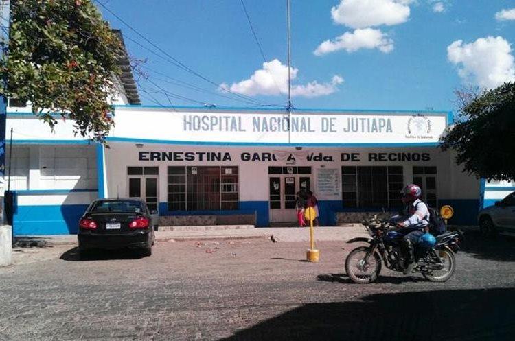 Hospital Nacional de Jutiapa donde murió el oficial Franklin Barrera Recinos. Foto Prensa Libre: Hugo Oliva.