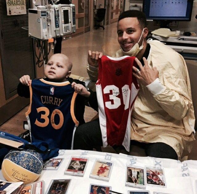 Brody estaba feliz por haber conocido a sus ídolos. (Foto Prensa Libre: Twitter)