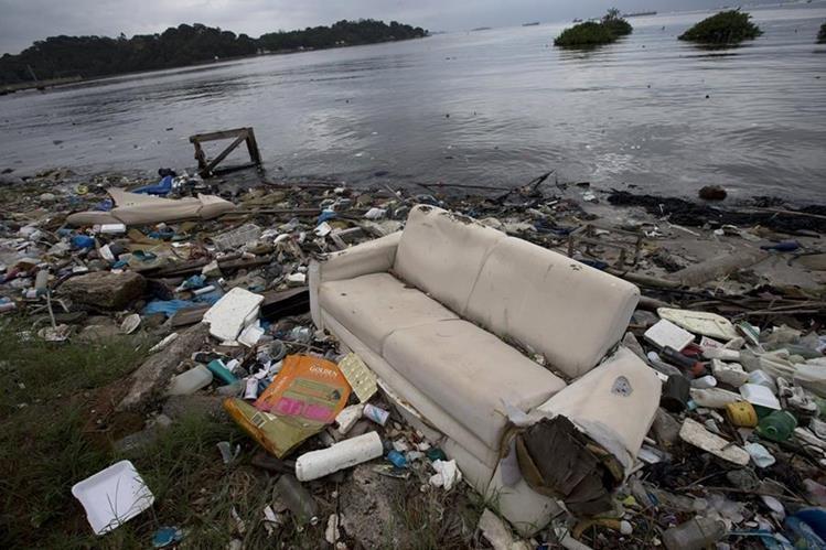 Vista de una parte de la Bahía de Guanabara, donde se disputará las pruebas de navegación a vela. (Foto Prensa Libre: AP).