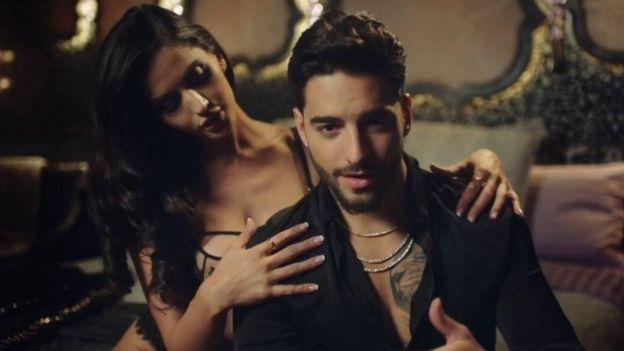 Los videoclips del cantante colombiano Maluma son controvertidos pero altamente populares. (Foto: MalumaVEVO/Youtube).