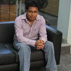 José Kont  fue el primer guatemalteco  en obtener el título de analista del programa Google Convertion University.