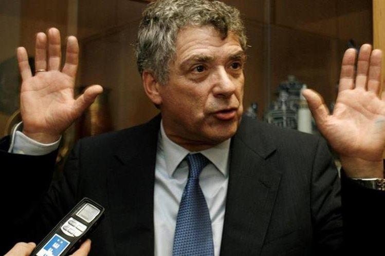 Detenidos Ángel María Villar y su hijo por una trama de corrupción en la RFEF. (Foto Prensa Libre: AFP)