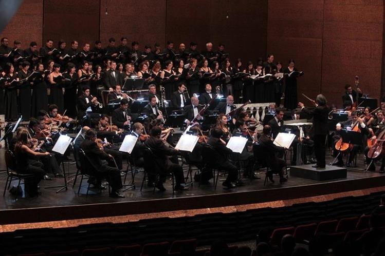 Orquesta Sinfónica Nacional abrirá el 9 de febrero su temporada. (Foto Prensa Libre: Hemeroteca PL)