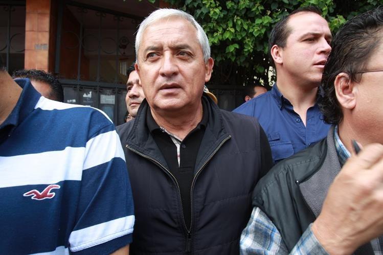 """<span style=""""font-size: 11.9999990463257px;"""">Otto Pérez Molina es uno de los funcionarios mejor pagados del mundo. (Foto Prensa Libre: AP)</span>"""