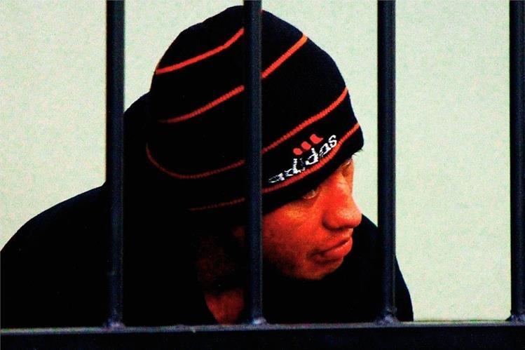 José Alfredo  Colchim González escucha la sentencia en su contra . (Foto Prensa Libre: Alejandra Martínez)