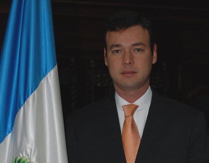 Gustavo Adolfo Echeverría Mayorga fue diputado por el Partido Patriota y luego se trasladó a la UNE. (Foto Prensa Libre: Congreso).