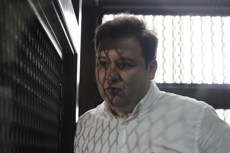 Roberto Barreda es acusado por la desaparición de su esposa Cristina Siekavizza. El Ministerio Público lo acusa por femicidio, maltrato contra menores y obstrucción de justicia. (Foto Prensa Libre: Hemeroteca)