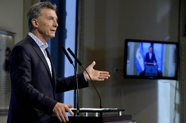 Mauricio Macri, habla en una conferencia de prensa en Buenos Aires. (EFE).
