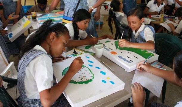 El ciclo escolar 2016 será inaugurado el 11 de enero por el presidente Alejandro Maldonado. (Foto Prensa Libre: Hemeroteca PL)