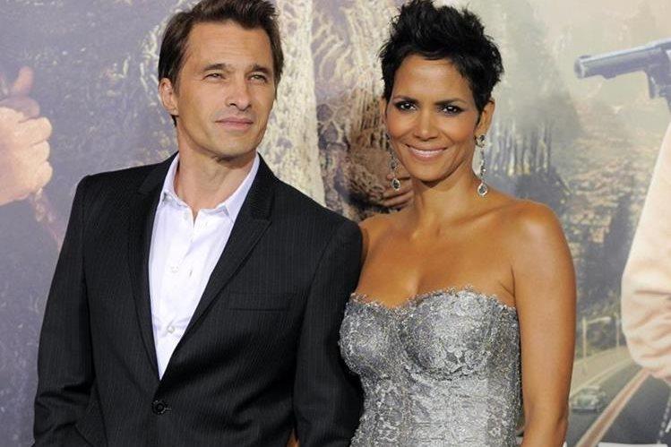 La actriz Halle Berry y el intérprete francés Olivier Martinez se divorcian tras dos años de matrimonio y cinco de relación. (Foto Prensa Libre: AP).