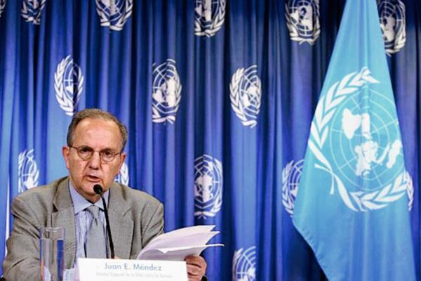 El relator  especial de la ONU, Juan Méndez en la Ciudad de México. (Foto Prensa Libre: EFE)