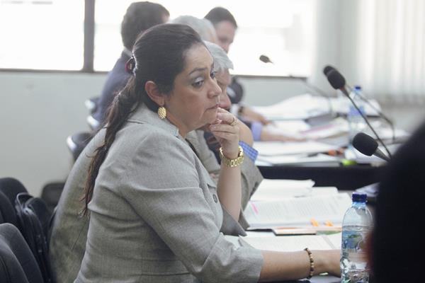 La Jueza Jisela Reinoso, compareció ante la Junta Disciplinaria para dilucidar su situación por una denuncia de abuso de autoridad. (FOTO Prensa Libre: Rodrigo Mendez).