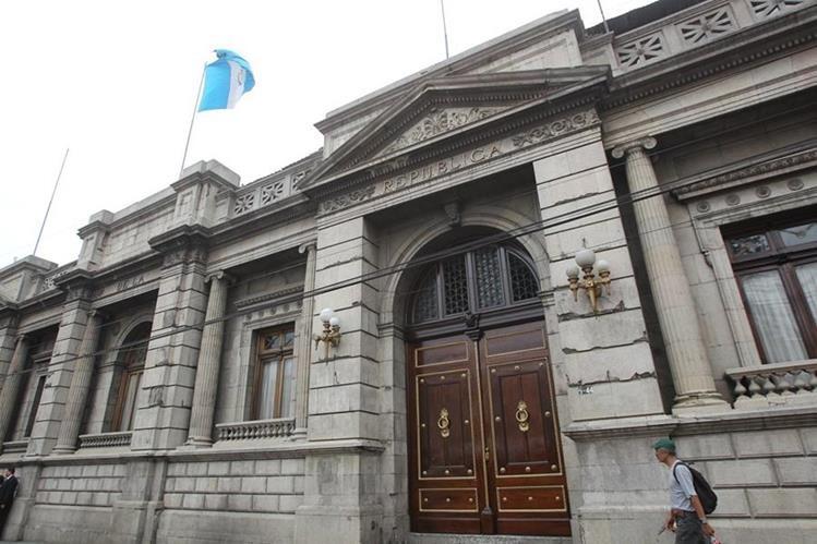 Desde el pasado 27 de julio una nueva Ley de Servicio Civil está en vigencia en el Congreso de la República. (Foto Prensa Libre: Hemeroteca PL)