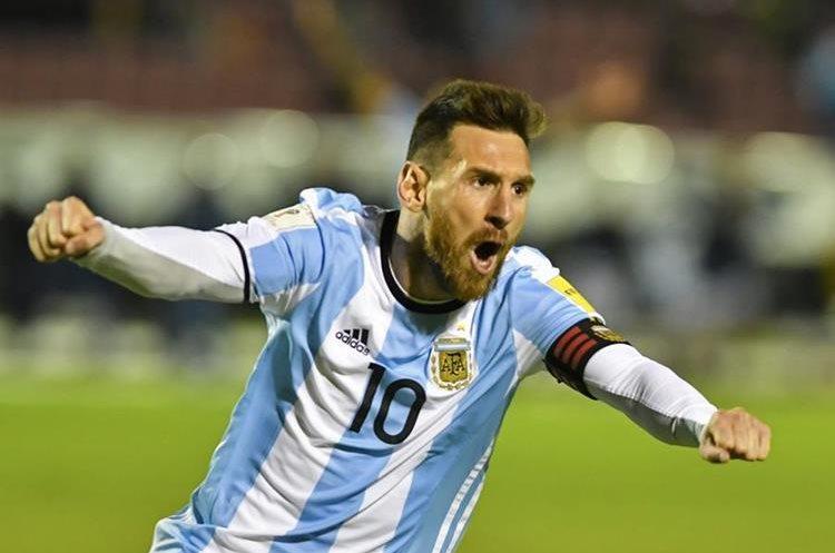 Lionel Messi brilla con la selección de Argentina. (Foto Prensa Libre: AFP)