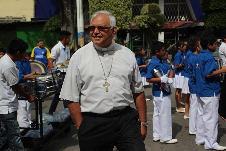 Álvaro Ramazzini, obispo de la Diócesis de Huehuetenango, respalda manifestaciones populares contra la corrupción. (Foto Prensa Libre: Mike Castillo)