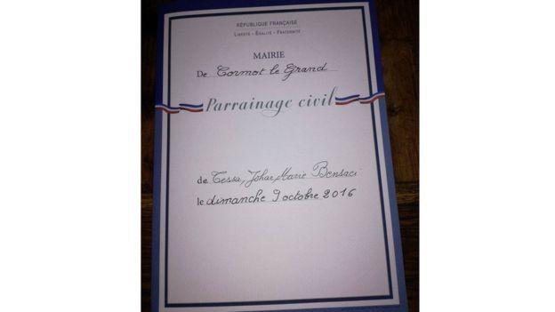 Más de 200 años después de aquel fervor revolucionario, y después de haber sido prácticamente olvidado durante décadas, el bautismo civil gana adeptos en Francia.  LILA MESS