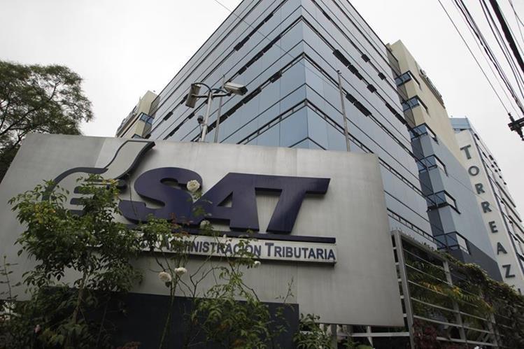 Varios gerentes fueron removidos de sus cargos en la SAT. (Foto Prensa Libre: Hemeroteca PL)