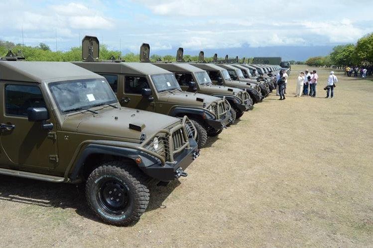 EE. UU. entregó el 26 de julio más de 70 vehículos a la Fuerza Chortí, en Chiquimula. (Foto Prensa Libre: Hemeroteca PL)