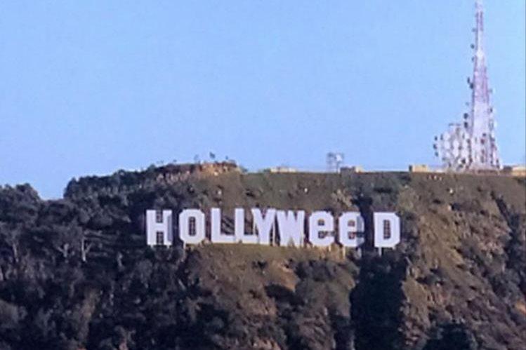El famoso letrero ahora luce un mensaje que promueve la marihuana.