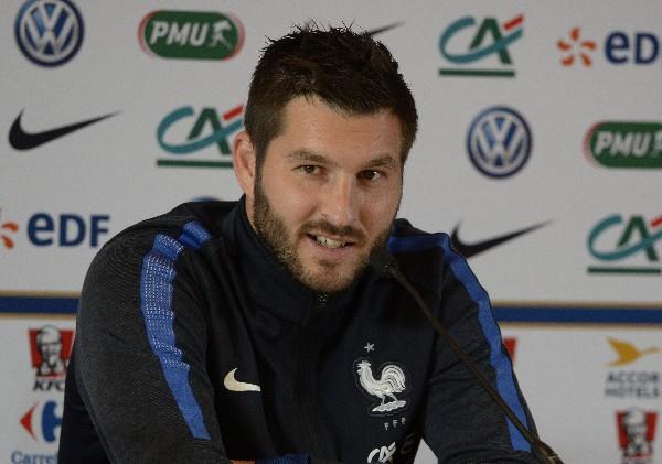 El francés André-Pierre Gignac dijo que se sentiría orgulloso de nacionalizarse.