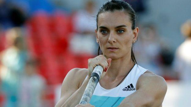 """""""Gracias a todos por este funeral del atletismo"""", dijo una dolida Yelena Isinbayeva. (REUTERS)"""