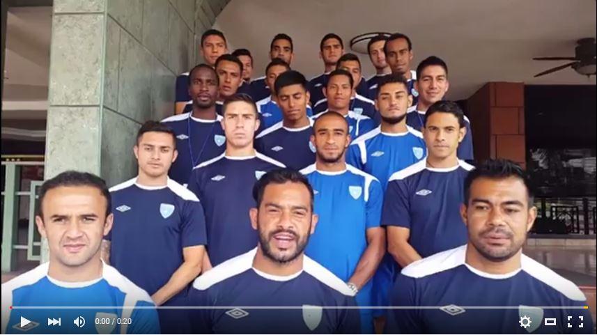 Los jugadores de la Selección Nacional darán todo su esfuerzo en el juego frente a Honduras. (Foto Prensa Libre: Youtube)