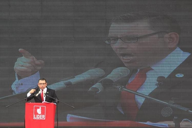 Baldizón durante su campaña presidencial en 2015. (Foto Prensa Libre: Hemeroteca)
