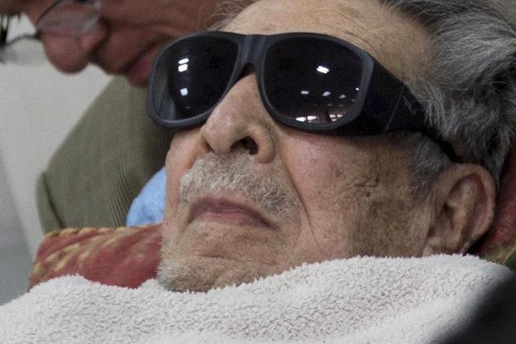 Tribunal declara incompetente a Ríos Montt para enfrentar el juicio por genocidio. (Foto Prensa Libre: Hemeroteca PL)