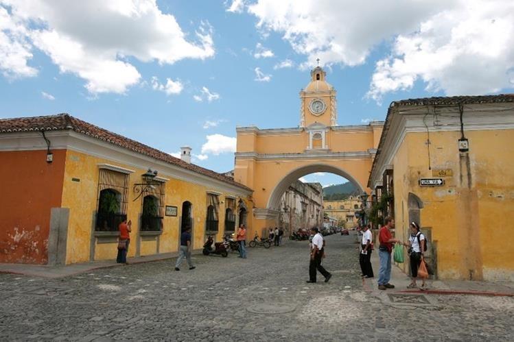 Antigua Guatemala fue declarada Patrimonio Cultural de la Humanidad en 1979, sin embargo enfrenta problemas por diversos aspectos incluido el masivo turismo. (Foto, Prensa Libre: Hemeroteca PL)
