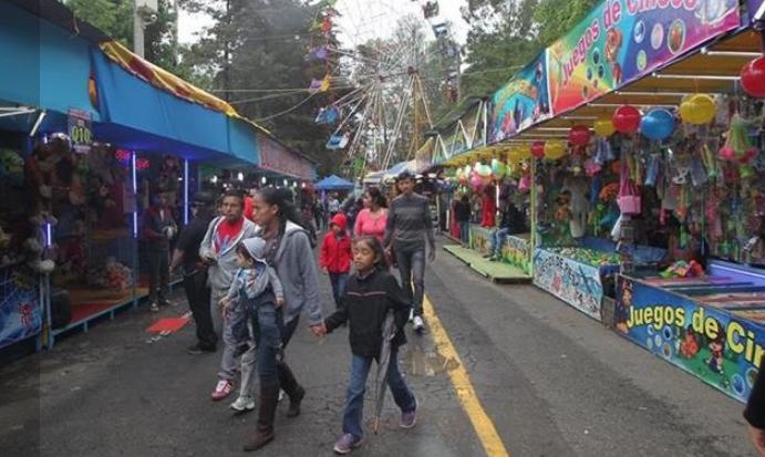 Al menos dos millones de personas se darán citas en la Feria de Jocotenango. (Foto Prensa Libre: Hemeroteca PL).