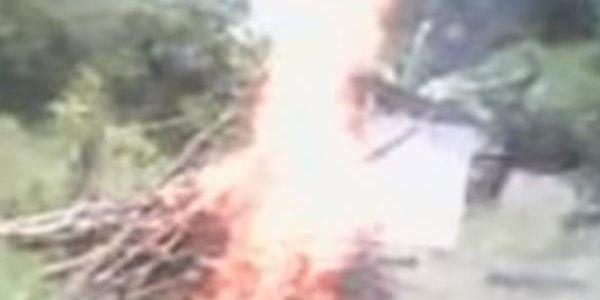 Imagen de video muestra el linchamiento de mujer acusada de ser hechicera en Perú.