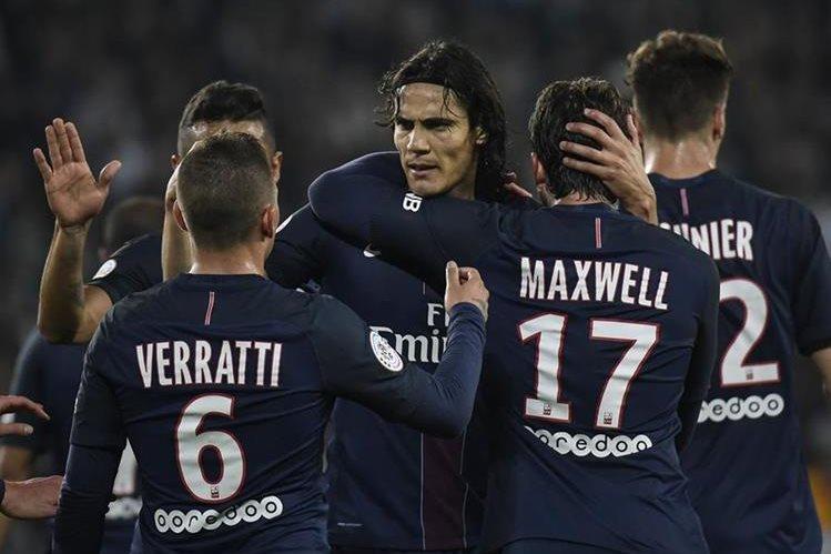 Cavani es uno de los mejores goleadores de Francia. (Foto Prensa Libre: AFP)