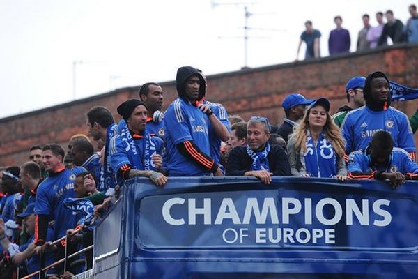 <p>El multimillonario ruso, Roman Arkadievich Abramovich, dueño del Chelsea, es uno de los poderosos del futbol. (Foto Prensa Libre: AS Color)<br></p>