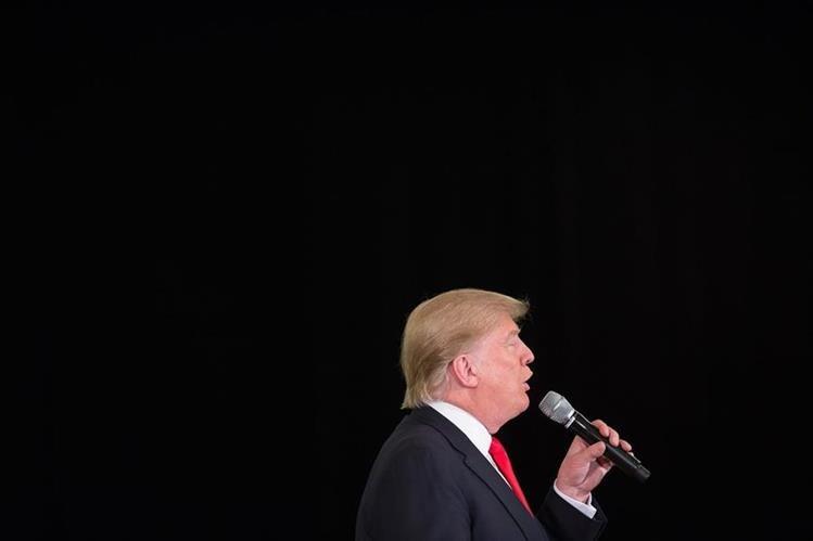 Donald Trump se retracta de su comentario respecto de las mujeres que abortan. (Foto Prensa Libre: AFP).