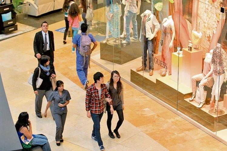 El centro comercial ofrece novedades. (Foto Prensa Libre: Álvaro Interiano)
