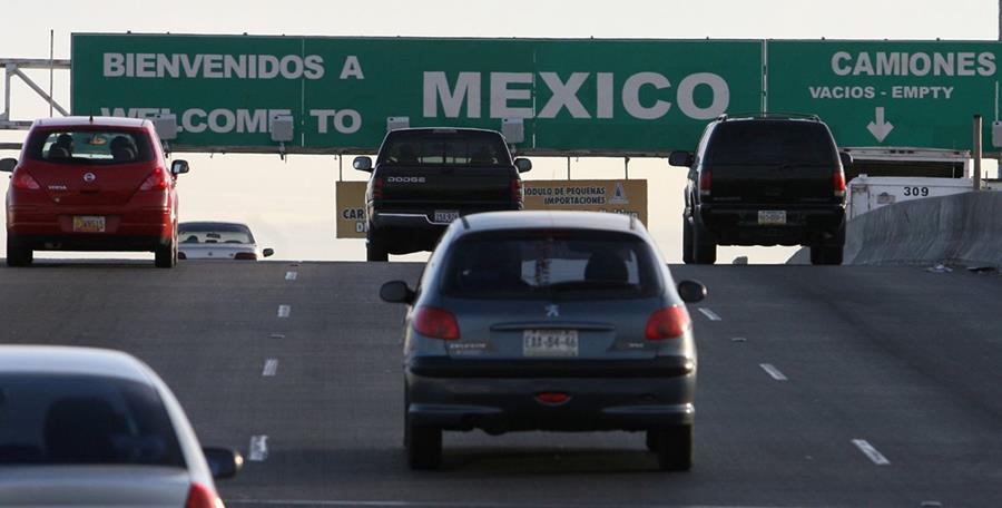 La queja es en contra de los agentes fronterizos que cubren Texas y Nuevo México. (Foto Prensa Libre: AP).