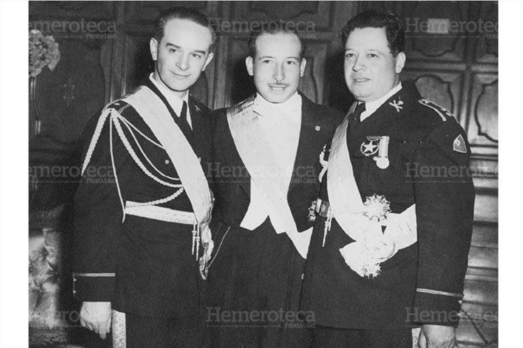 Junta Revolucionaria de octrubre del 1944 conformada por Jacobo Arbenz, Jorge Toriello y Francisco Arana (Foto: Hemeroteca PL)