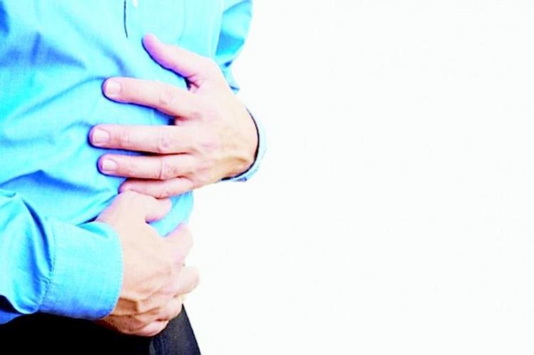 La carga de trabajo puede influir en el desarrollo de distintas dolencias y molestias del estómago. (Foto Prensa Libre: Hemeroteca PL).